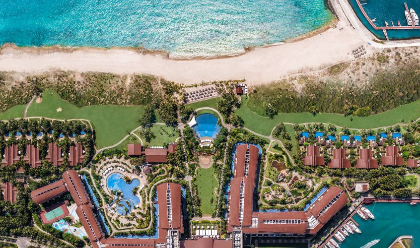 The St. Regis Sanya Yalong Bay Resort